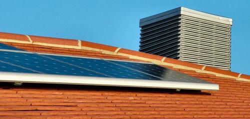 panneau solaire introduction aux panneaux solaires. Black Bedroom Furniture Sets. Home Design Ideas